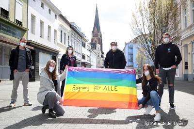 """Stellungnahme zur Absage der """"Segnung von homosexuellen Paaren"""""""